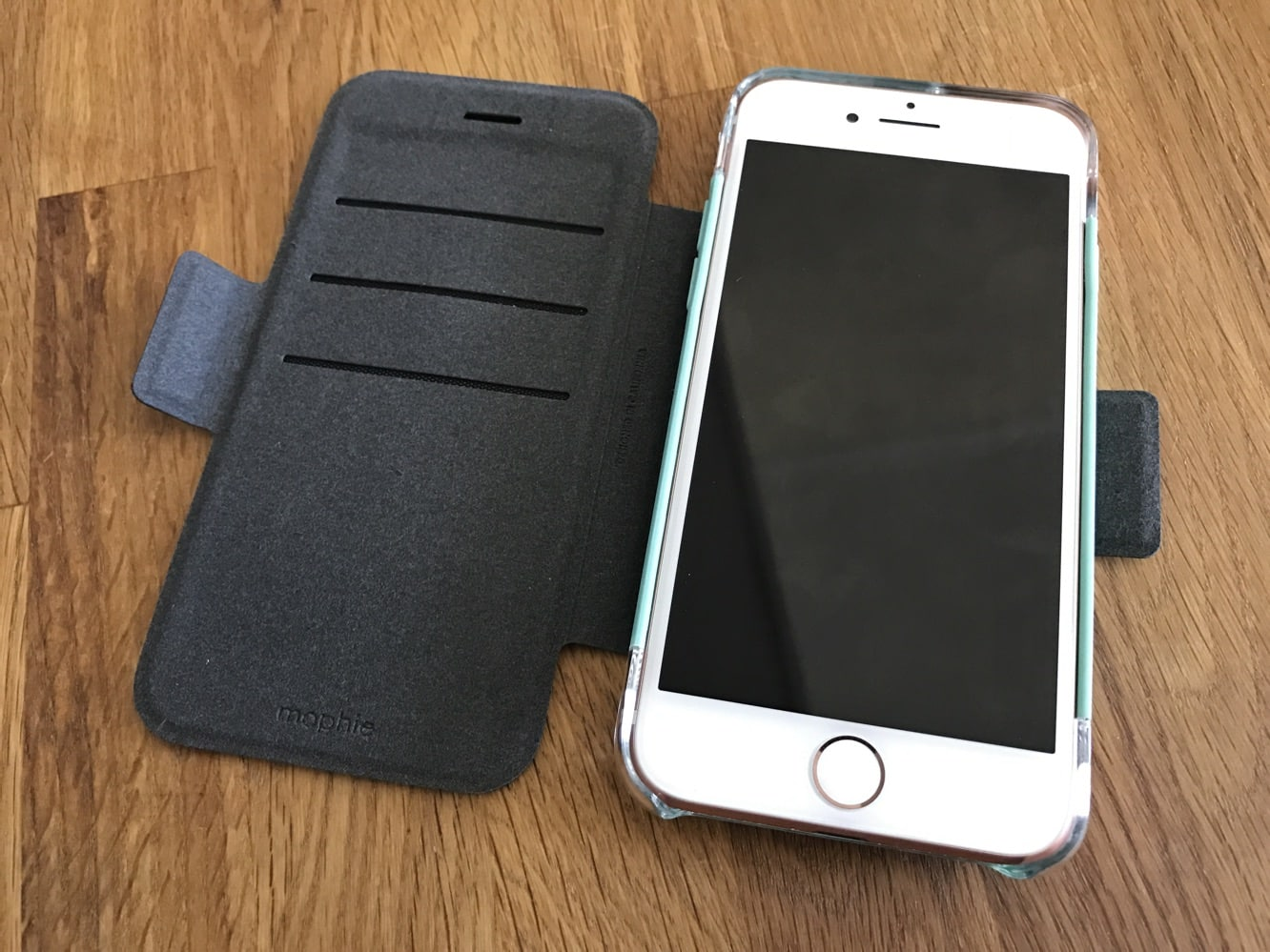 Review: Mophie Hold Force Magnetic Case System for iPhone 7