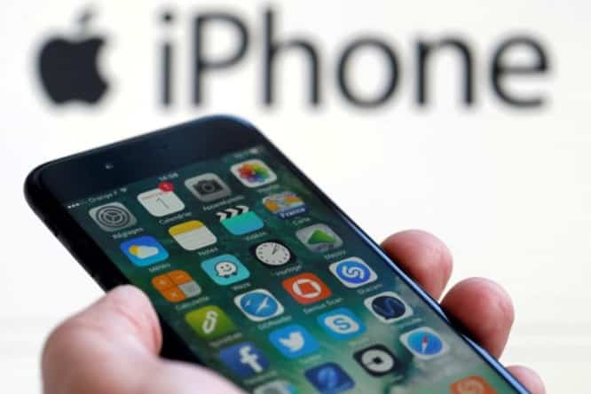Number of lawsuits against Apple grows as US, French officials inquire about iPhone throttling