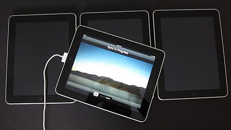 Apple iPad unboxing and accessory gallery posted