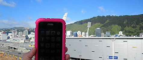 Photo of the Week: iPhone 3GS in New Zealand