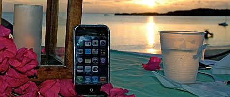 Photo of the Week: iPhone in the Bahamas
