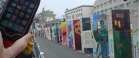 Photo of the Week: iPhone in Berlin