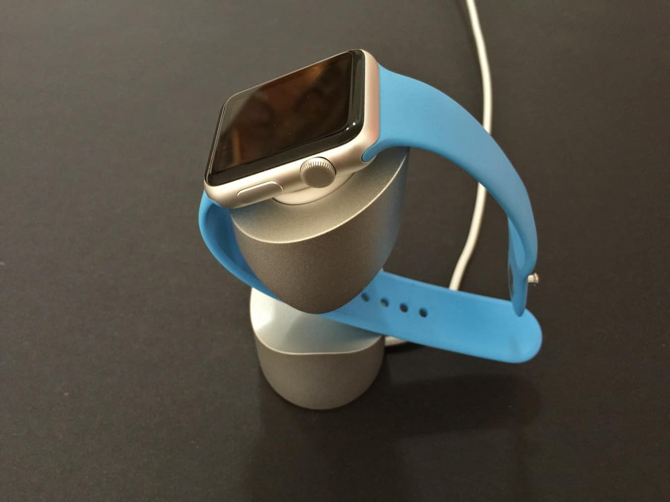 Review: Just Mobile TimeStand for Apple Watch