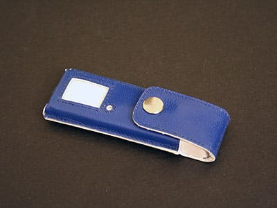 Review: a.b. sutton Kidskin Case for iPod shuffle