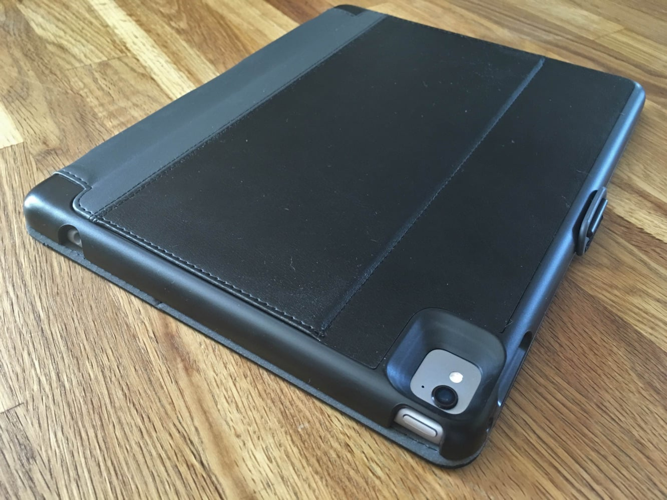 """Review: Speck StyleFolio Pencil for 9.7"""" iPad Pro"""