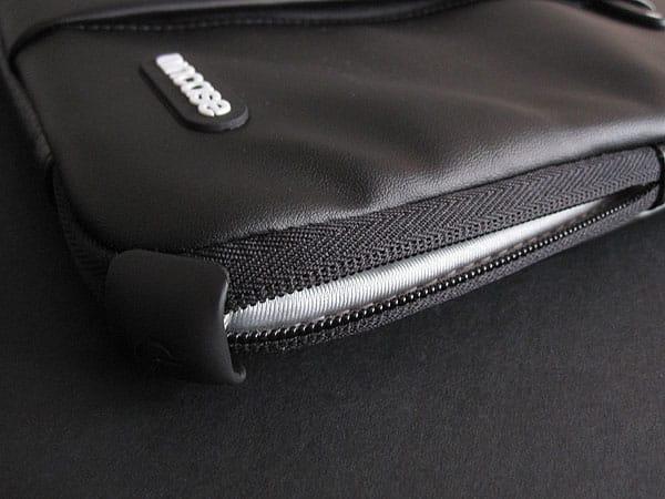 "Incase Protective Sleeve Deluxe for 13"" MacBook Pro"