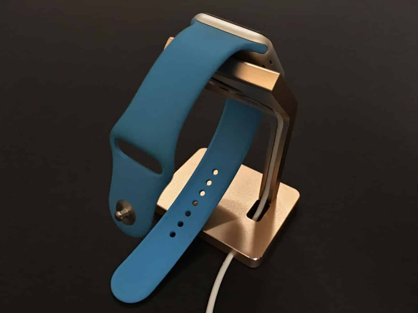 Review: Satechi Aluminum Mobile Dock + Aluminum Watch Stand