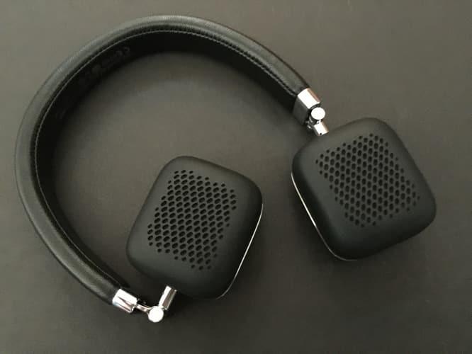 Review: Harman Kardon Soho Wireless Headphones