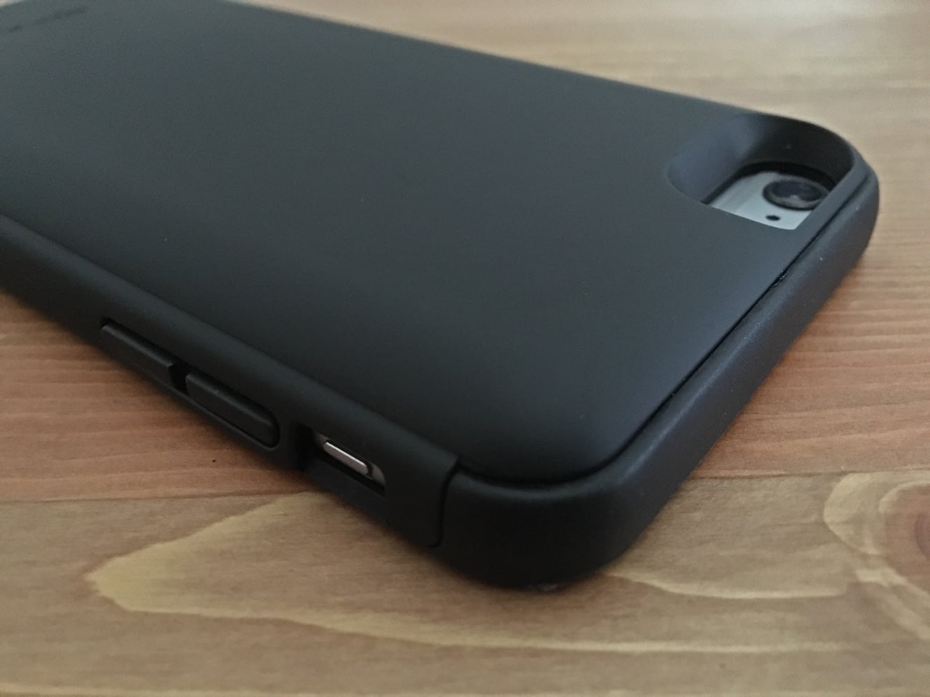 Review: Spyder PowerShadow Battery Case for iPhone 6/6s Plus