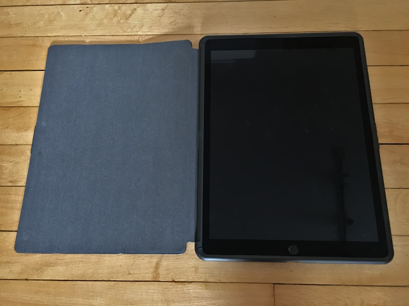 """Review: OtterBox Symmetry Series Hybrid Case for 12.9"""" iPad Pro"""