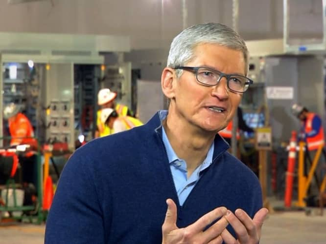 Cook apologizes for lack of clarity on iPhone slowdowns, promises transparency in coming iOS update