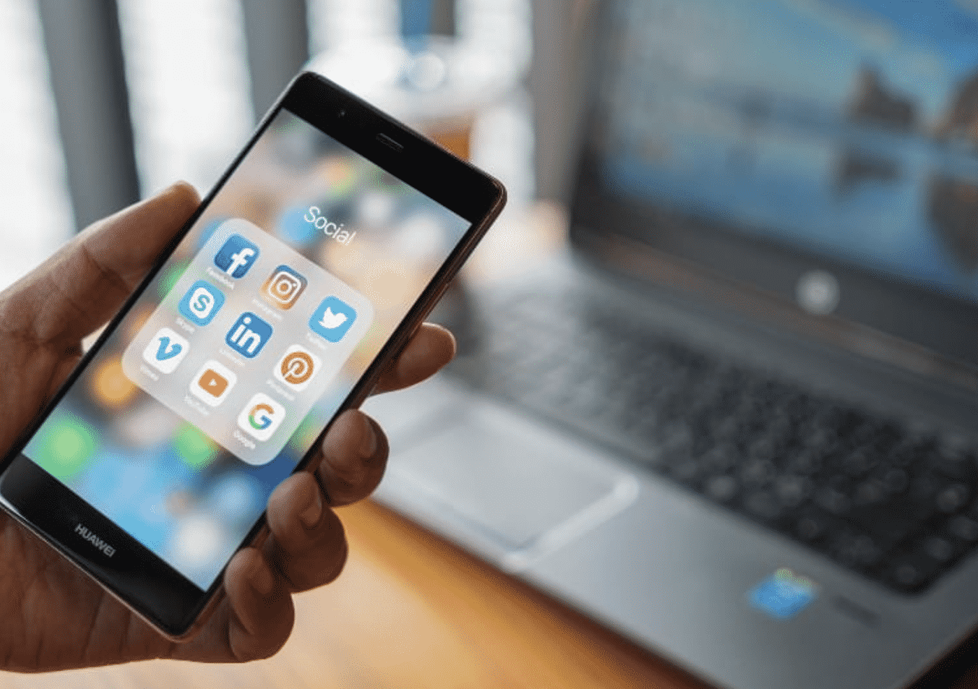 10 Essential Apps to Manage Social Media for Your Business