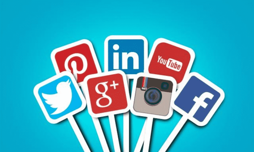 Why you should hire a social media manager?