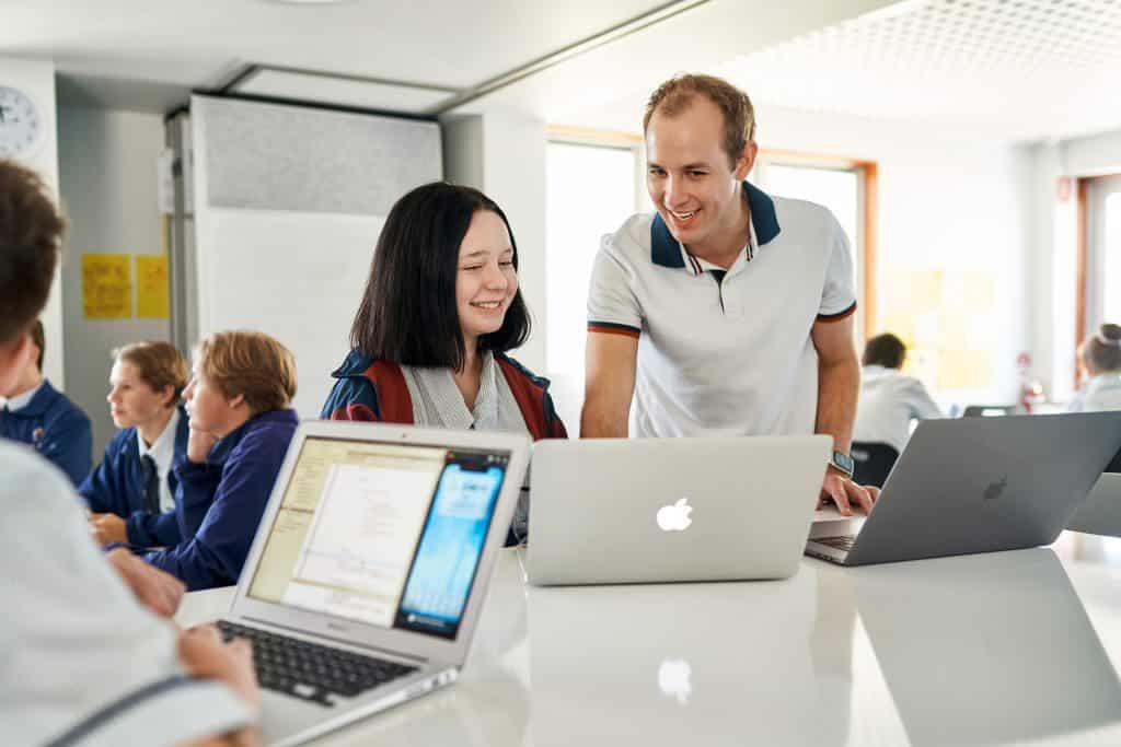 Apple's Swift programming language turning popular among Australian educators