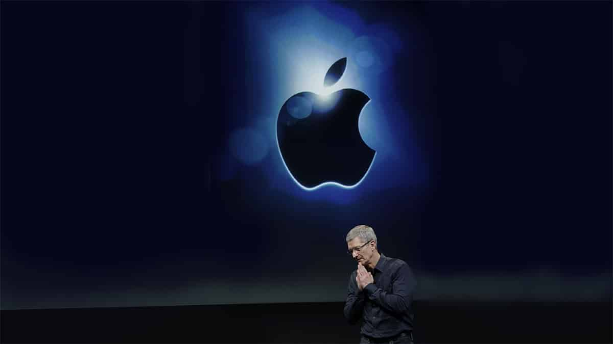 Apple threatens to leave the UK market amid a patent war