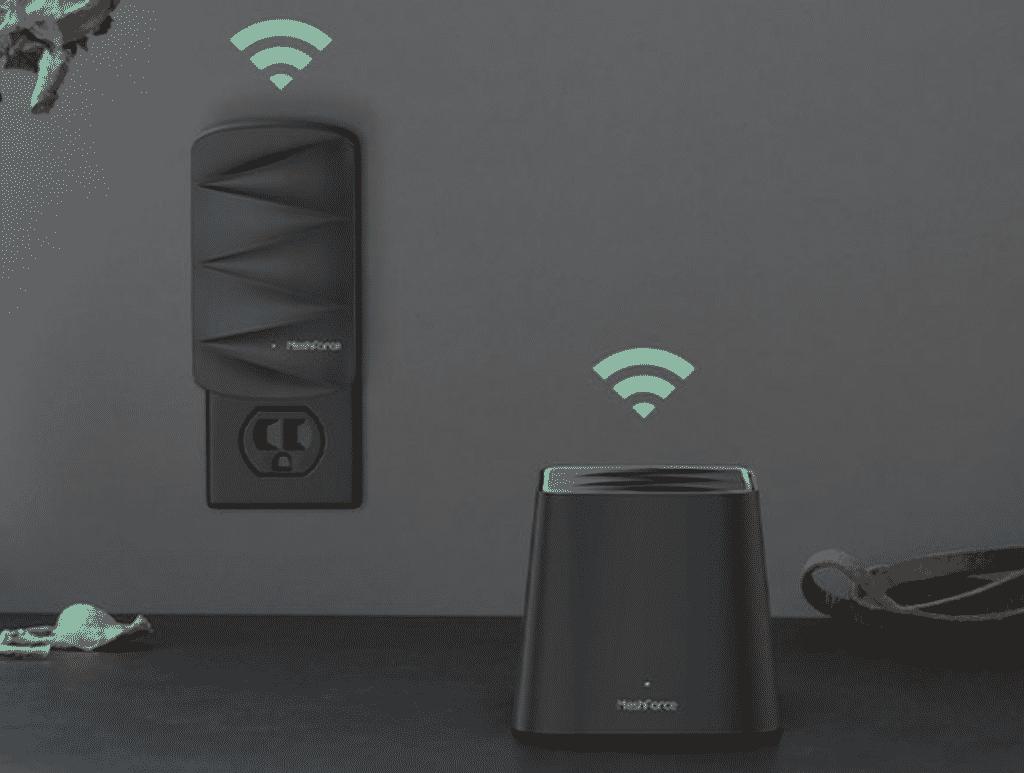 Meshforce M3 Mesh Wi-Fi System in close up