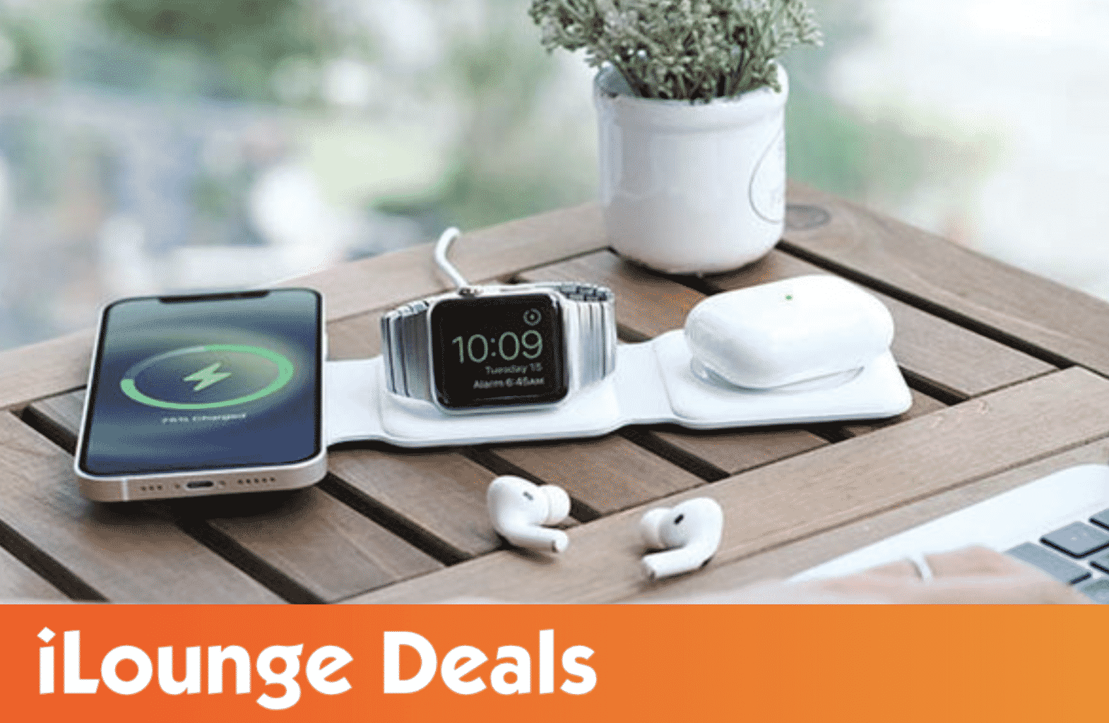 MagStack Foldable 3-in-1 Wireless Charging Station