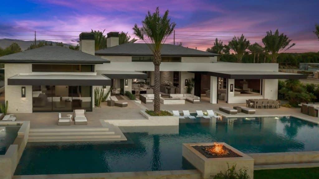 Apple CEO Tim Cook purchases a lavish villa in California