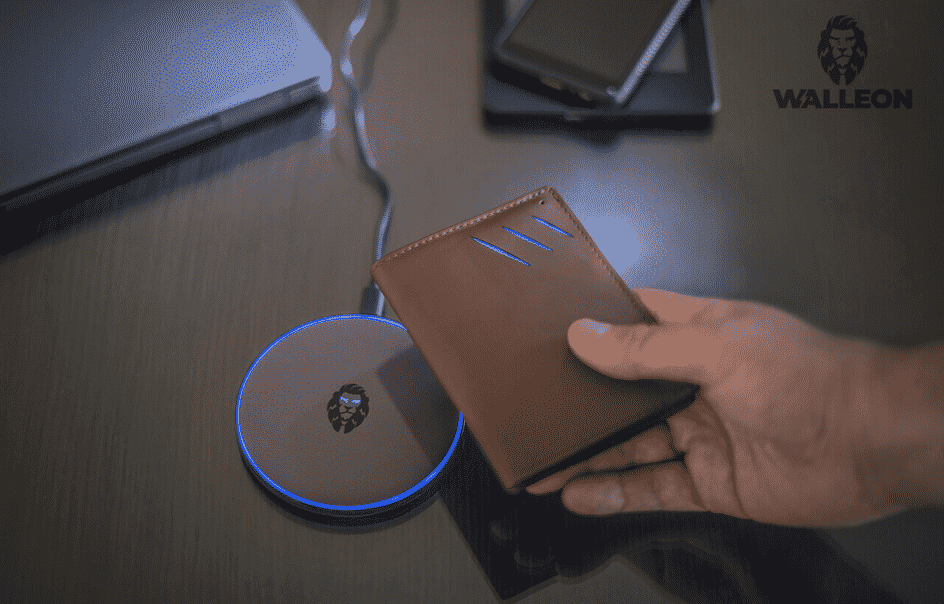 10 Innovative Smart Men Wallets for 2021
