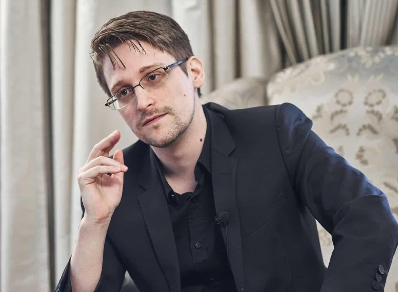 Edward Snowden denounces Apple's CSAM feature